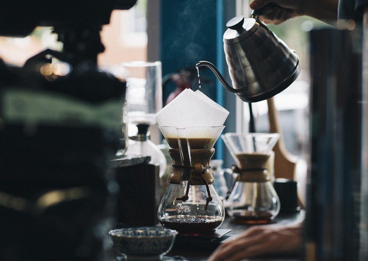 Jak parzyć kawę, by była aromatyczna i pyszna?